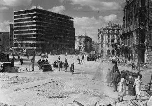 Il centro di Berlino alla fine della Seconda Guerra Mondiale