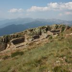 """Il """"villaggio italiano"""", avamposto su Cima Cenon a dominare le valli sottostanti"""