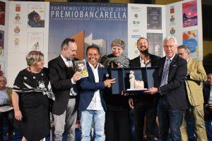 La consegna del Premio Bancarella Sport 2018 a Loris Capirossi e a Simone Sarasso
