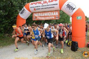 Corrilunigiana la partenza della gara del Lago del Sole