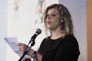 Premio Bancarella 2018 Dott. Sara Rivieri proclama Dolores Redondo vincitrice del 66° premio Bancarella (foto Massimo Pasquali)