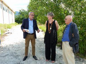 La presentazione del progetto da parte dell'assessore regionale Vittorio Bugli. Alla sua sinistra il sindaco Lucia Baracchini e l'imprenditore Alberico Varoli.