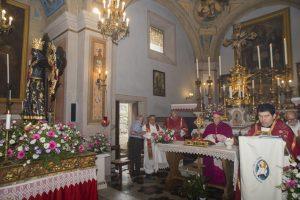 Un momento delle celebrazioni a Dobbiamo (Foto Amerigo Martelli)