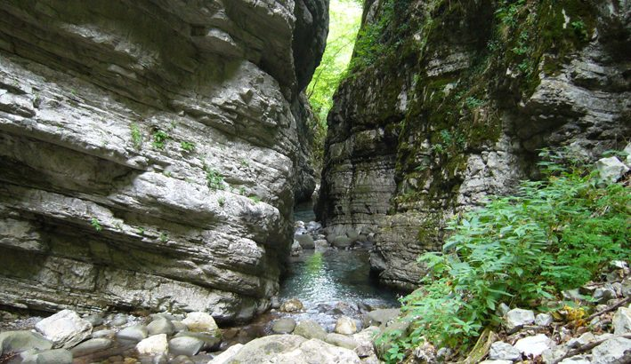 Oltre le Apuane, l'Orrido di Botri, canyon dal fascino irresistibile
