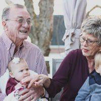 Nonni: custodi dei valori e della memoria collettiva