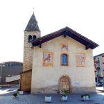 La chiesetta che sorge nell'area fin dal Medioevo; a sinistra, sullo sfondo, si intravede il museo