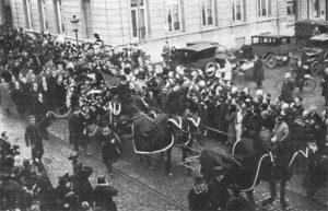 I funerali di Puccini a Bruxelles dove morì il 29 novembre 1924