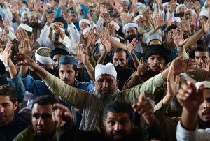 Peshawar, 1 novembre 2018: proteste contro l'assoluzione di Asia Bibi