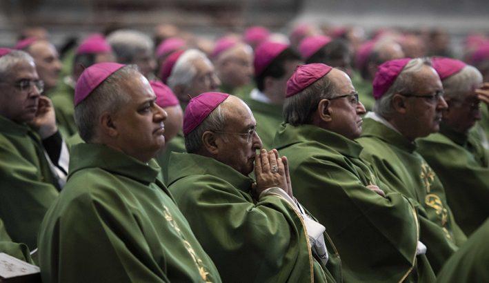 I vescovi approvano la nuova  edizione del Messale Romano