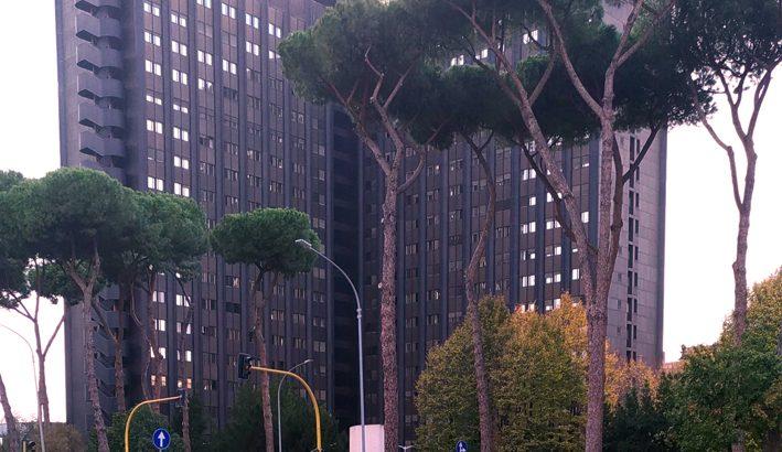 Da Poste Italiane promesse fumose per un servizio in crisi da mesi