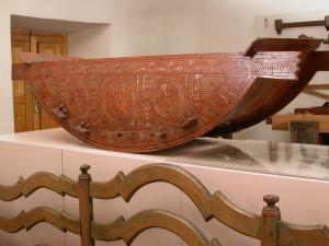 La culla di Bratto conservata al Museo Etnografico di Villafranca