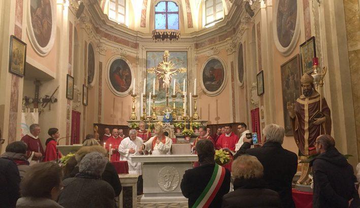 Consacrato il nuovo altare della chiesa di Pallerone