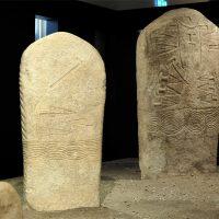 A Riva del Garda le stele di Arco vestite e armate