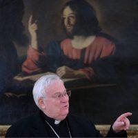 """Dal card. Bassetti un appello ai cattolici: """"non disertiamo le sfide impegnative"""""""