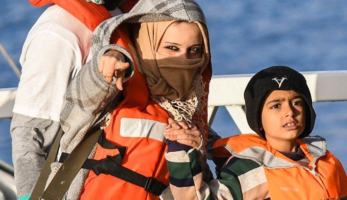 """Il """"bel Paese"""" chiude le porte alla accoglienza dei rifugiati nel nome della sicurezza"""