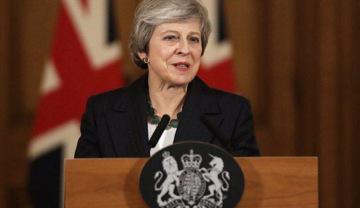 Caos nel Regno Unito dopo le dimissioni di Theresa May