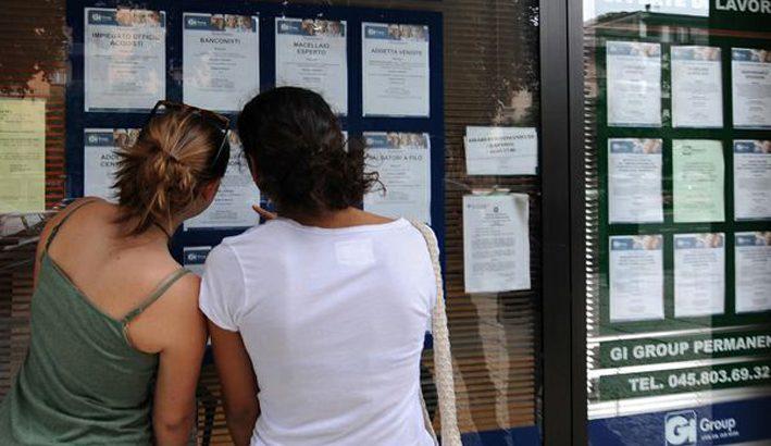 Aumentano gli italiani che si trasferiscono all'estero