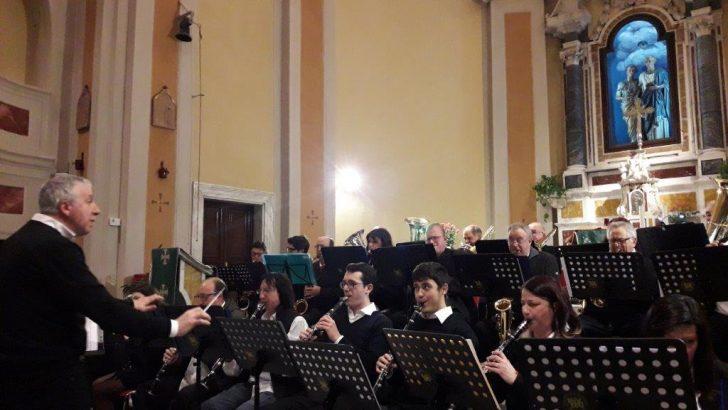 """A Gragnola concerto della Banda """"Santa Cecilia"""" di Pallerone"""