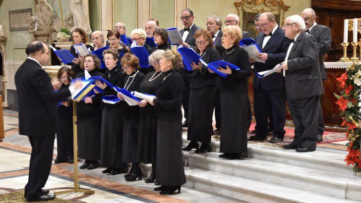 """Duomo: il concerto di auguri natalizi della Corale """"S. Cecilia"""""""