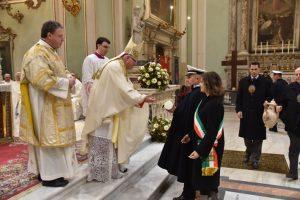 Pontremoli, 31 gennaio 2019: l'offerta della delegazione del Comune di Modena