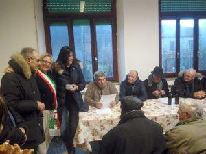 """Il momento della proclamazione dei vincitori della nona edizione del Premio """"La Preda"""". A sinistra è riconoscibile il sindaco di Filattiera, Annalisa Folloni"""