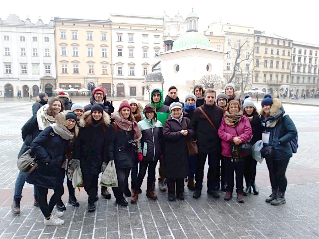Gli studenti e insegnanti lunigianesi che hanno partecipato all'iniziativa del Treno della Memoria