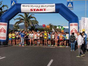 La partenza della White Marble Marathon