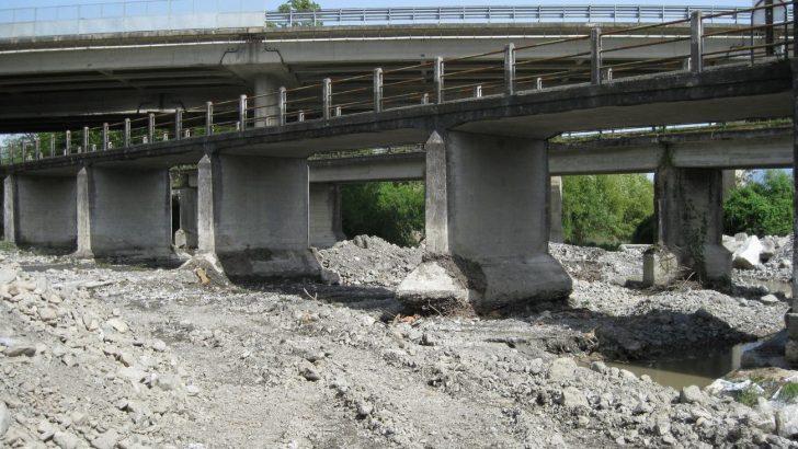 Tresana: presto i lavori per l'allargamento del ponte sul Penolo