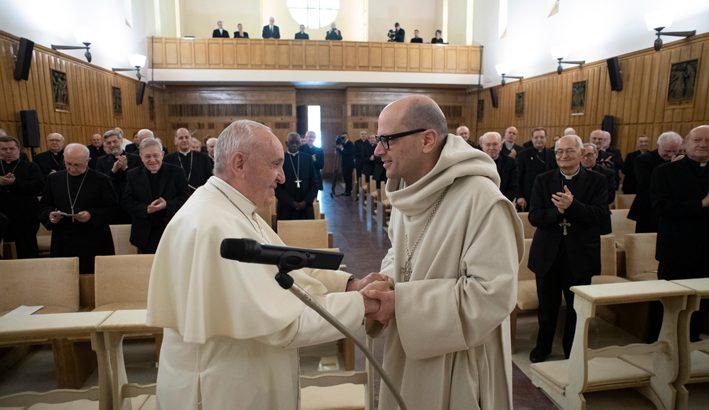 Padre Bernardo Gianni da Prato agli esercizi spitituali con ilPapa