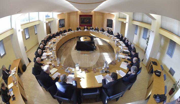 Bassetti: la sinodalità come modalità di lavoro e governo nella Chiesa