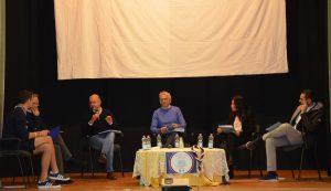Il tavolo dei relatori dell'incontro che si è tenuto al Teatro del Cabrini