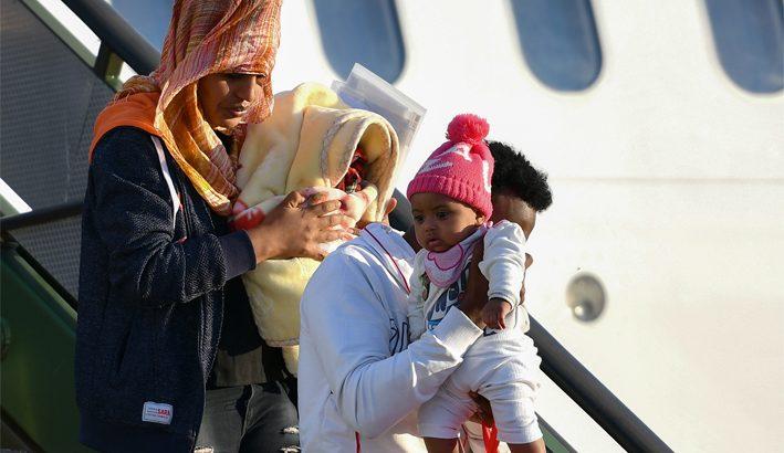 """""""L'Europa apra un corridoio umanitario per 50mila profughi dalla Libia"""""""