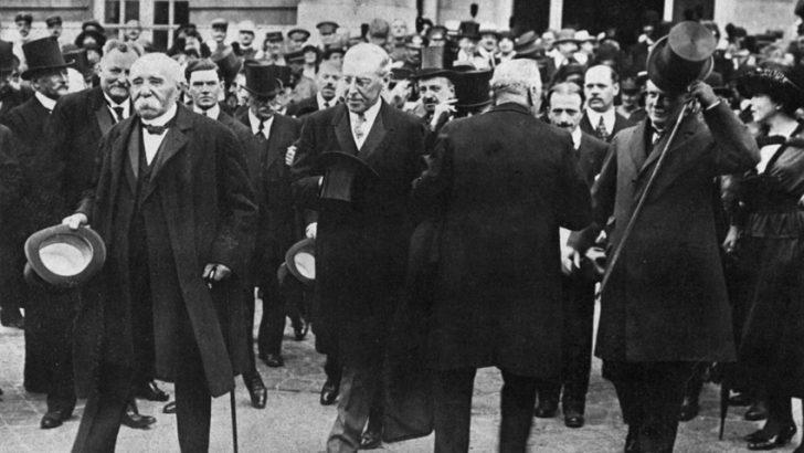 Finita la Grande Guerra, a Versailles la firma dei Trattati di pace dei vincitori