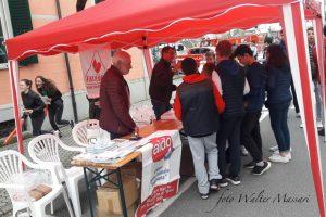Lo stand di Aido Lunigiana e Donatori di Sangue Fratres di Pontremoli