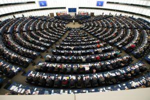 La riunione del ParlamentoEuropeo in occasione della visita di Papa Francesco di cinque anni fa