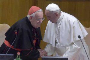 Papa Francesco con il card. Bassetti all'Assemblea generale della CEI