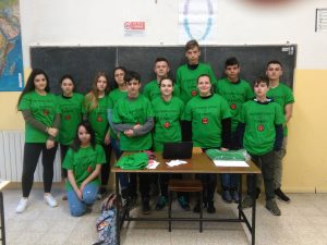 """Foto di gruppo dei ragazzi del Pacinotti coinvolti nel progetto """"Plastiko"""""""