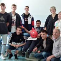 """Trenta giovani del """"Pacinotti"""" effettuano la prima donazione di sangue"""