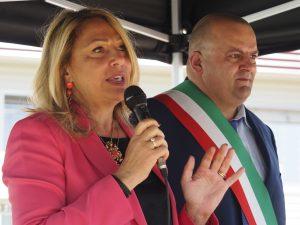 L'intervento dell'assessore regionale Cristina Grieco, di fianco il sindaco Filippo Bellesi (foto Massimo Pasquali)