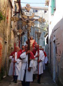 27Pulica_processione