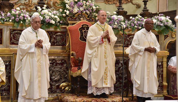 """Nella festa della Madonna del Popolo """"con lo sguardo sempre rivolto a Maria, nostra Madre"""""""