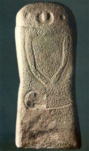 La statue stele Pontevecchio VIII