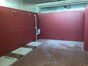 Le docce dell'impianto sportivo di Quercia