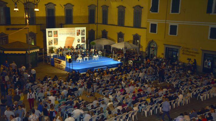 Bancarella: si terrà in piazza l'appuntamento con il premio letterario