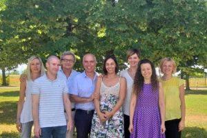 Il gruppo di ricercatori dell'Università di Parma che ha scoperto il metodo per allungare la vita degli alimenti. Tra loro il lunigianese Luca Calani.