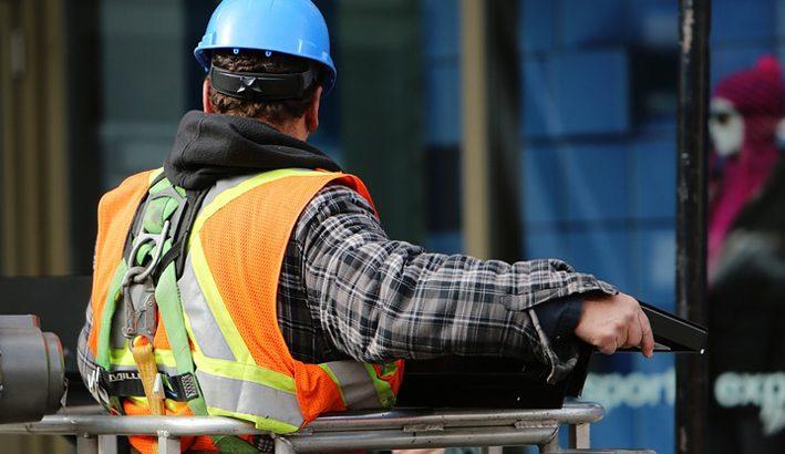 Libertà di licenziamenti e diritto al lavoro