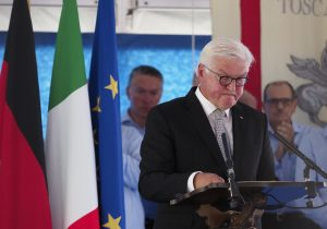 L'intervento del presidente tedesco Steinmeier, nel momento, di grande intensità e commozione, in cui ha chiesto perdono per i crimini di mano tedesca (foto Massimo Pasquali)