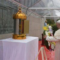 """Papa Francesco, """"Mai più il flagello della tratta… mai più la guerra"""""""