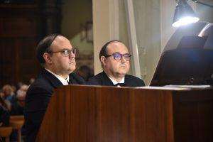Piergino e Francesco Maurelli all'organo