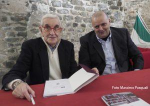 Il presidente Germano Cavalli con il sindaco di Villafranca, Filippo Bellesi (Foto Massimo Pasquali)